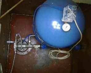 Гидроаккумулятор для скважины монтаж